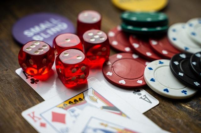 Right Poker